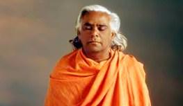 Charla de Swami Vishnudevananda sobre la comercialización del yoga (1985)